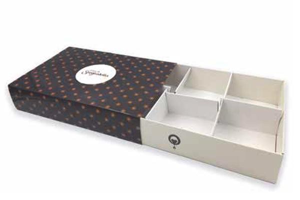 Box-paste-fiammifero-sfogliatella